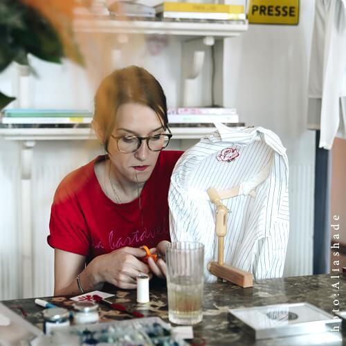 Une Autre Mode Est Possible x Le Pigalle Mai 2018 - G I S E L E tatouage de vêtement